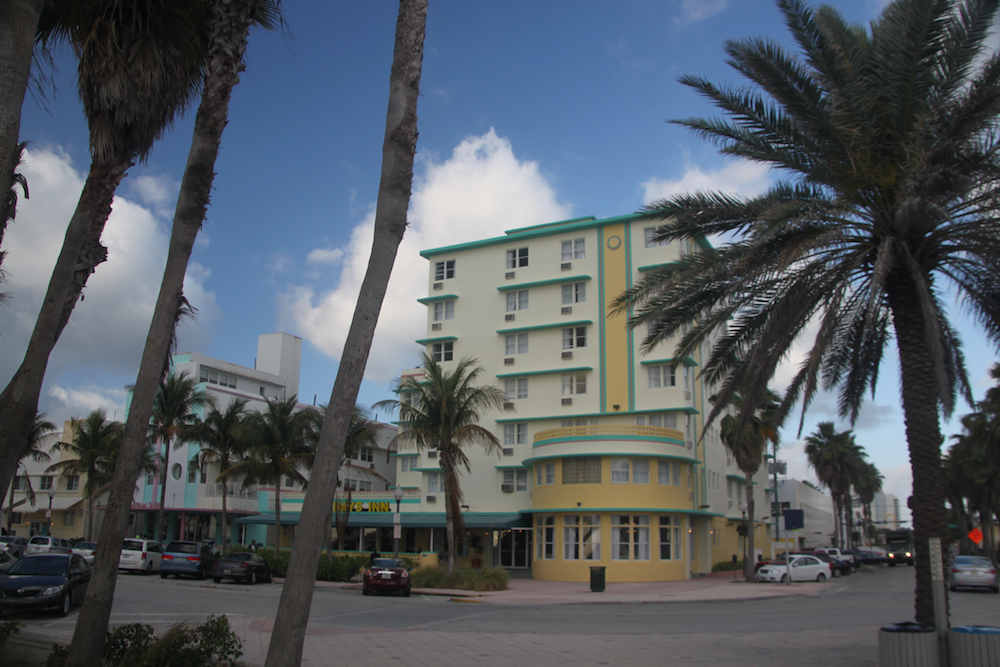 days-inn-miami